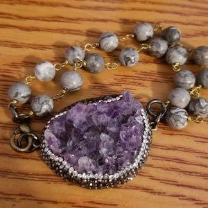 Bracelet very beautiful with amethyst stones